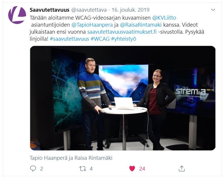Tviitin tekstin: Tänään aloitamme WCAG-videosarjan kuvaamisen @KVliitto asiantuntijoiden @TapioHaanpera ja @RaisaRintamaki kanssa. Videot julkaistaan ensi vuonna saavutettavuusvaatimukset.fi-sivustolla. Pysykää linjoilla! #saavutettavuus #WCAG #yhteistyö. Valokuva studiosta jossa mies ja nainen seisovat. Kuvan alla nimet Tapio Haanperä ja Raisa Rintamäki.