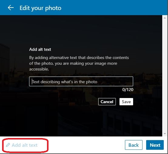 Ruutukaappaus LinkedIn valintaikkunasta, jossa asetetaan vaihtoehtoinen teksti.